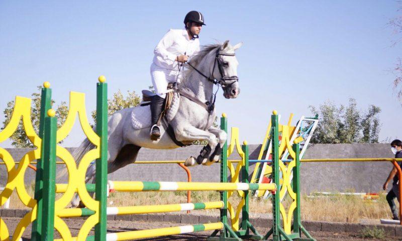 هفته چهارم مسابقات پرش با اسب